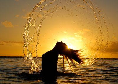 Nature___Sundown_Women_water_wet_hair_Silhoutte_042170_